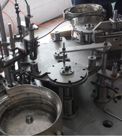 膨胀螺栓/螺丝自动组装机